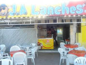 J.A LANCHES